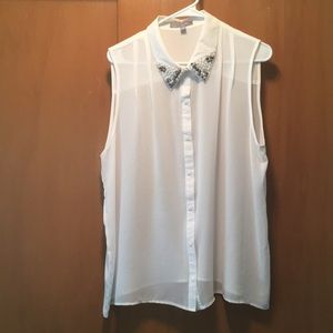 NY Collection Sleeveless Button Down Top